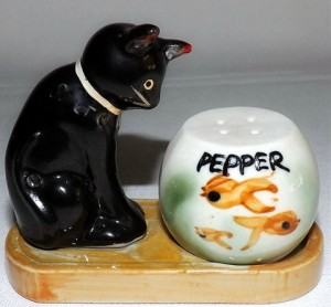 vintage black cat salt & pepper shakers
