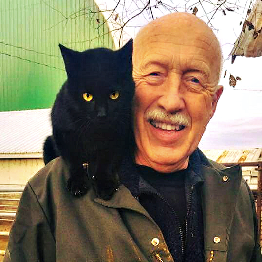 Dr. Pol_black_cat