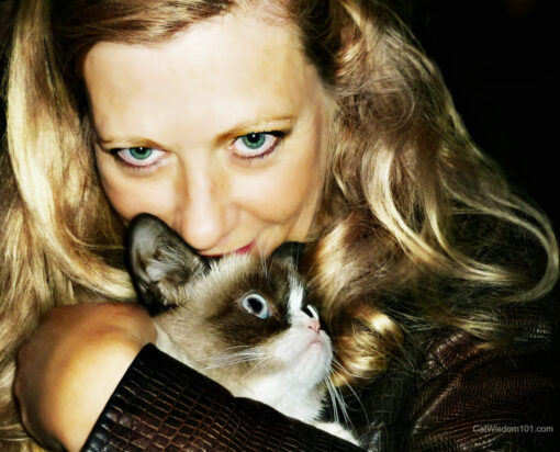 Grumpy Cat with cat expert and author Layla Morgan Wilde